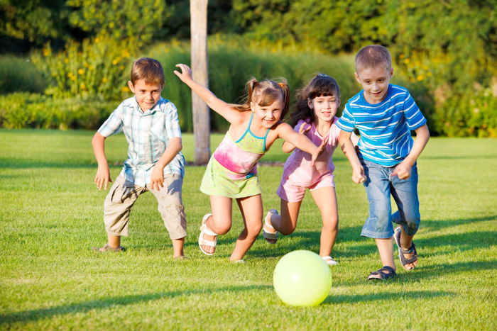 Outdoor Kids Activities That Will Keep Them Occupied for Hours